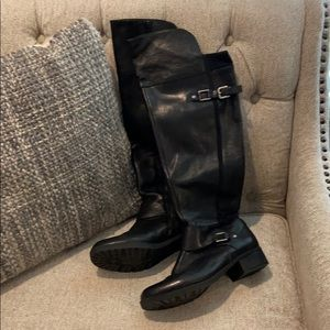 Nine West boots with silver buckles